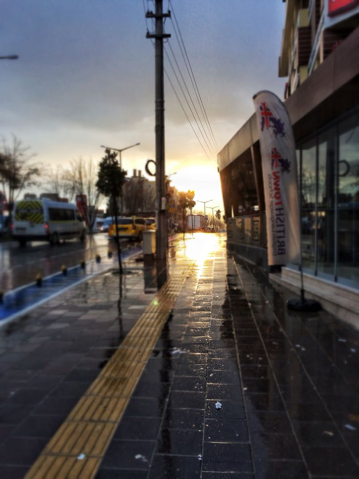 Bursa. Görükle. Reflection. Sunrise. Path. Winter. Coldday. Rainyday. December. Early in the morning