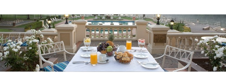 Enjoy a delicious meal at the #Rivieraonvaal's #Matthews Terrace Cafe
