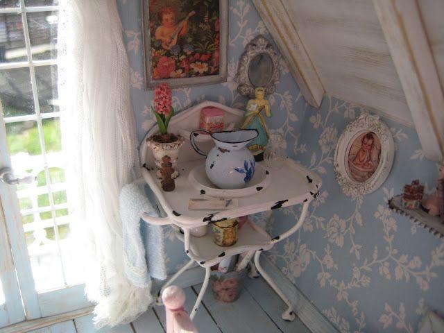Liberty Biberty: The finished Shabby Bedroom