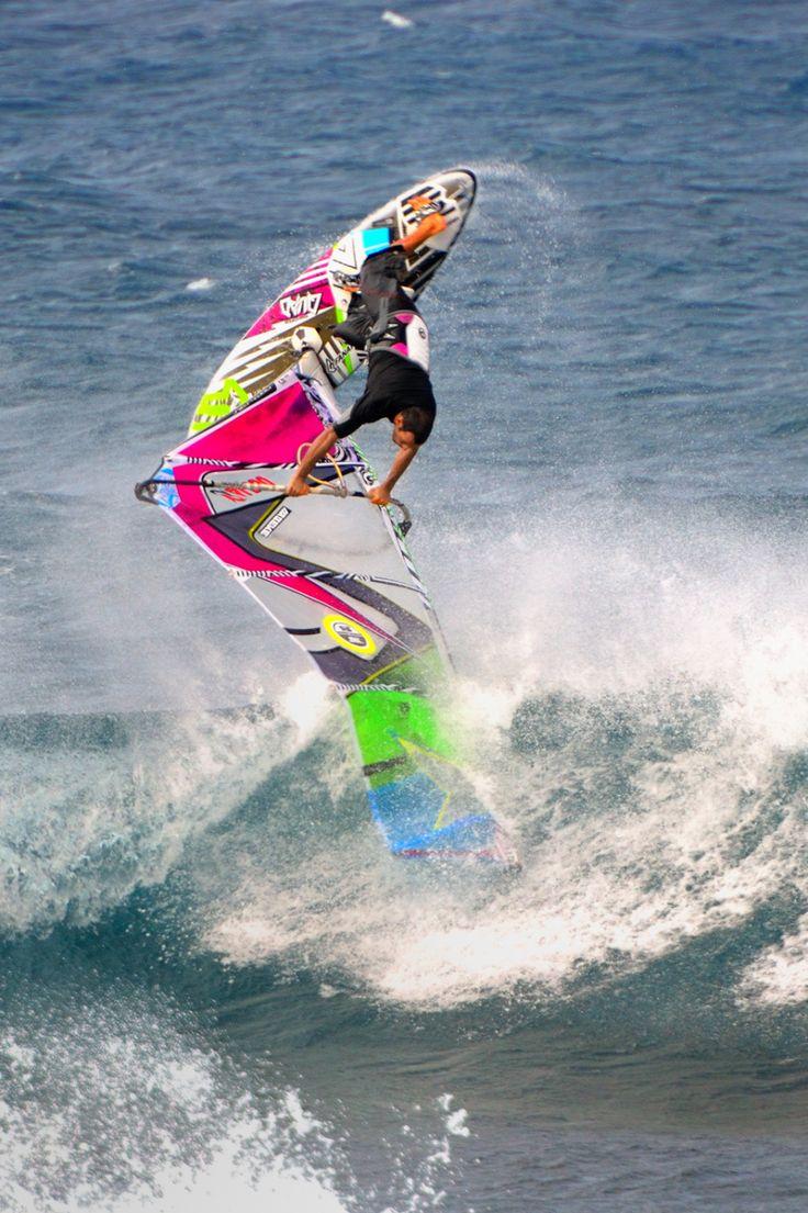 Pa'ia Wind Surfing, Maui Windsurfing, Surfing