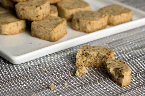 Maple bacon lapsang souchong shortbread cookies