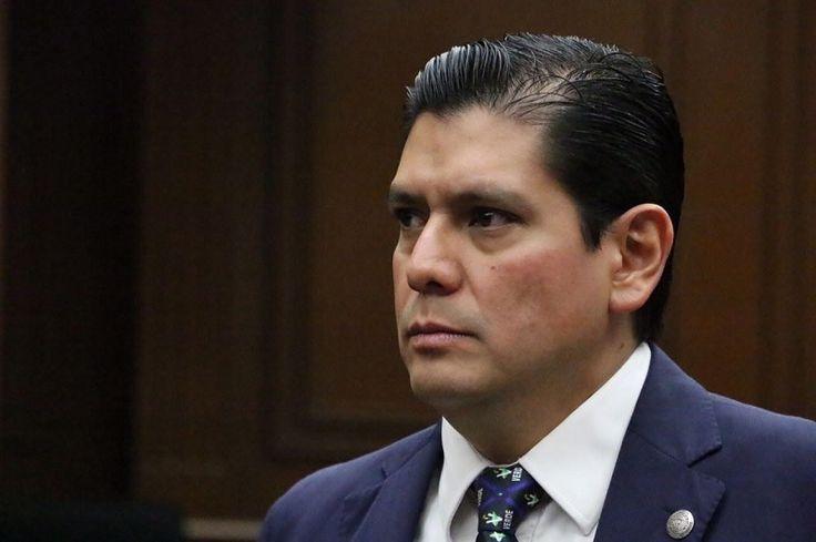 El coordinador del PVEM en el Congreso de Michoacán presentó una iniciativa para actualizar los sujetos a juicio político, de acuerdo a los cambios que se contemplan en el Sistema ...