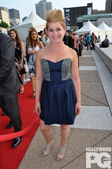 Eliane Gagnon, sublime dans notre robe #Kruger à la première du film Louis Cyr !  #ModeMtl #EveGravel #LouisCyr