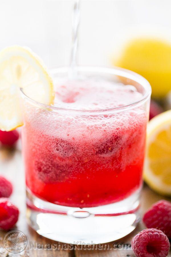 Sparkling Raspberry Lemonade (Use fresh or frozen raspberries). Easy ...