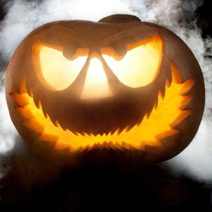 5 trucs pour découper une #citrouille  http://selection.readersdigest.ca/fetes/halloween/5-trucs-pour-decouper-une-citrouille