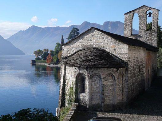 La Greenway del Lago di Como è un percorso pedonale di circa 10 Km tra i comuni di Colonno, Sala Comacina, Ossuccio, Lenno, Mezzegra, Tremezzo e Griante.