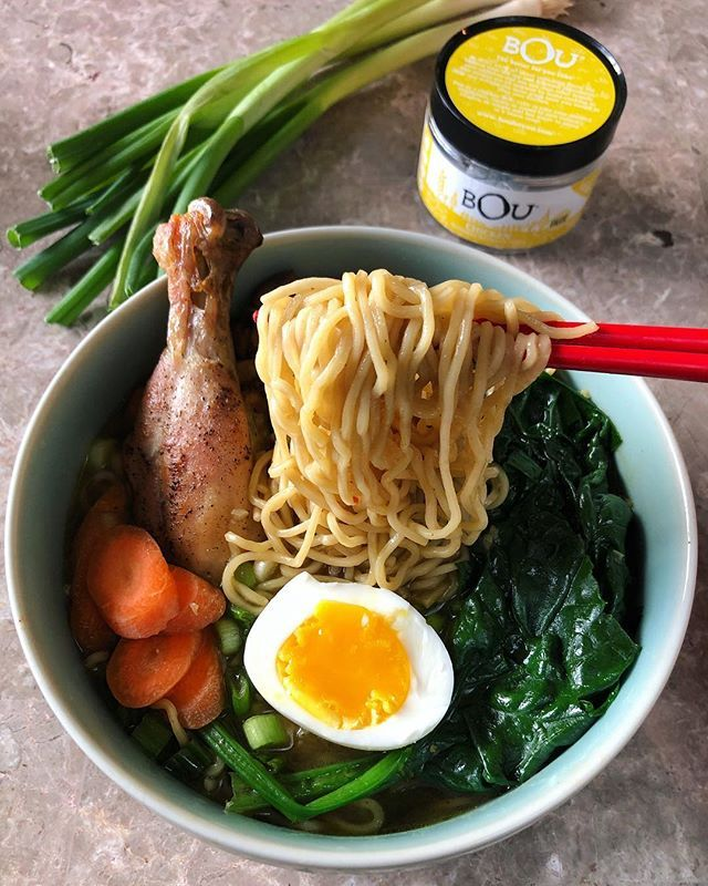 Comfy noods! When Im not eating out I like to make quick-n-easy recipes at home like this #ChickenRamen using @bouforyou bouillon cubes. See my recipe below!#bouforyou #jeaniuseats #sponsored #jeaniuseatspartner . Ingredients:  2 Bou Chicken Bouillon Cubes  5 cups of water  1 tablespoon of ginger minced  2 tablespoons of garlic minced  1 tablespoon sesame oil  4 tablespoons soy sauce  2 tablespoons of fish sauce  6 shiitake mushrooms sliced  3 dashes of gochugaru (Korean Chili) or chili…