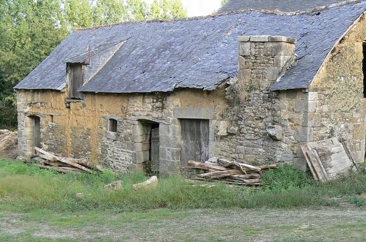 1000 images about old buildings on pinterest farm house for Classic house french kiss