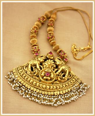 temple-necklace.Indian gold jewellery