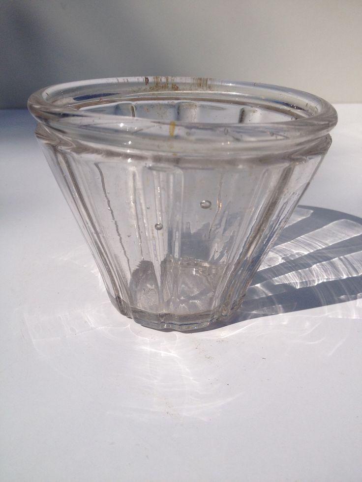 Les 33 meilleures images propos de anciens pots confiture sur pinterest pots lunettes et - Pots a confiture ...