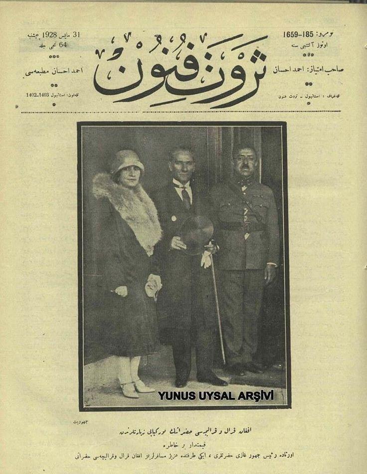 Afgan Kral ve Kraliçesi hazretinin Türkiye ziyaretlerinden.Kıymetdar bir hatıra.1928