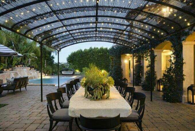 Backyard Design In Tarzana Ca Home Owned By Khloe Kardashian Exterior Design D Cor