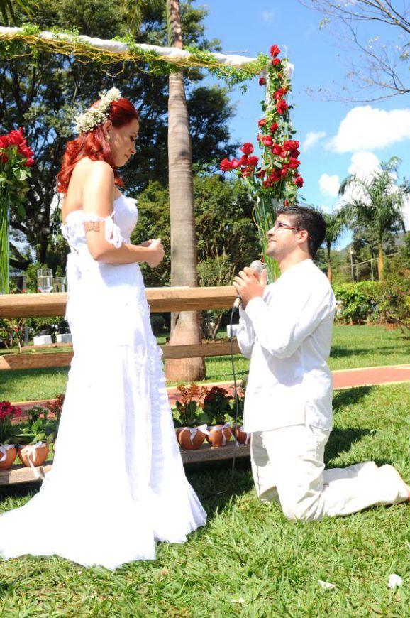 casamento-no-sitio-minas-gerais-de-manha-chacara-entrada-com-cachorro-decoracao-faca-voce-mesmo (12)