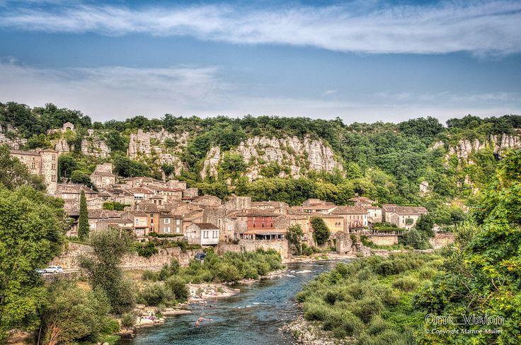 Vogüe, sur l'Ardèche (Région Rhône Alpes, France. This place is registered as one of the most beautiful villages of France)