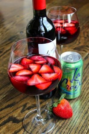 Red Wine Spritzer for Valentines Day - 21 Day Fix Style  www.facebook.com/MelindaBesinaiz