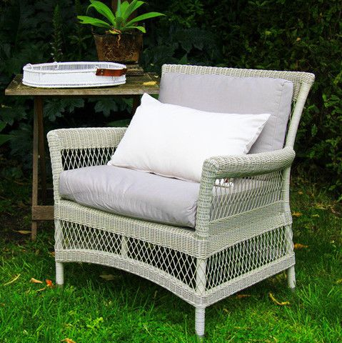 Babylon Lounge Chair - available in 2 colours - Complete Pad ®