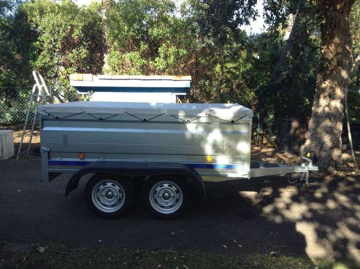 Loue remorque trigano neuve 750 kg, 2 essieux avec ou sans ridelles.