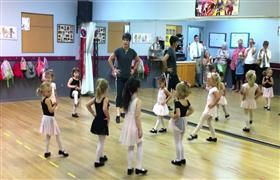 Find and book Kids dance classes and courses in Pune at classboat.com – We are providing list of top Kids dance courses and classes in pune. Get the best trainer for Kids dance courses and professional Kids classes in pune. https://www.classboat.com/kids/dance-for-kids-classes-pune