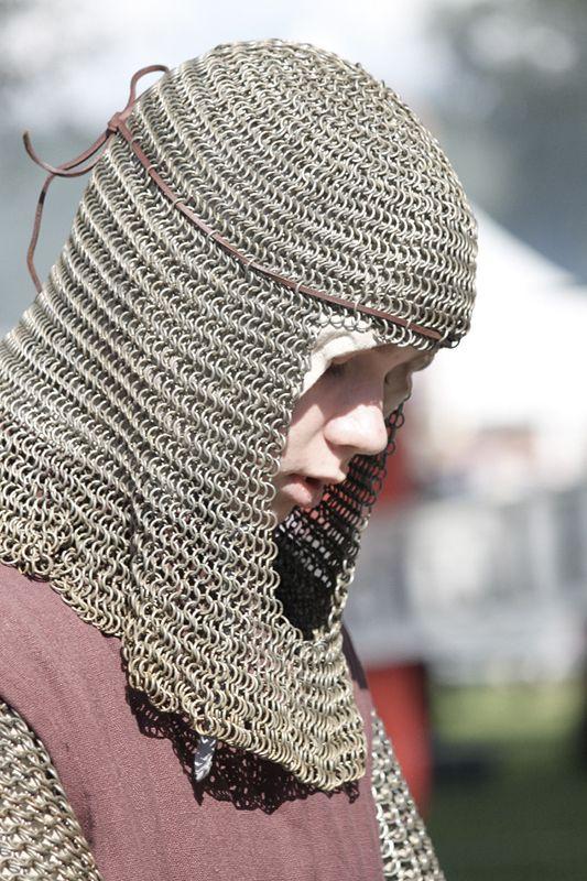 Hämeen keskiaikamarkkinat - Häme Medieval Faire 2011, Nuori Ritari - Young Knight, © Ulla Seppälä