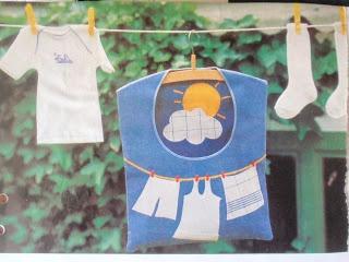 alles-vanellis: februari 2012  losse sokken uit de was verzamelen