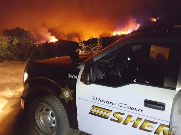 monterey_county_fire-1469444406-8282.jpg (600×450) Monterey County Sheriff Department at Soberanes Fire.