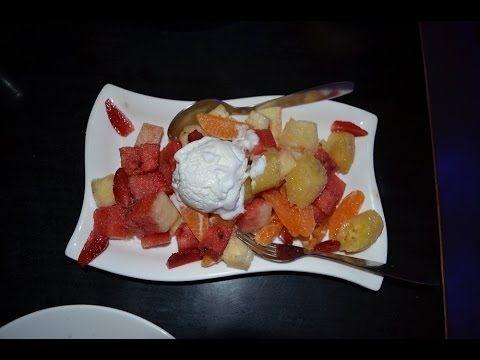 Мороженое с фруктами. Индия - Гоа.