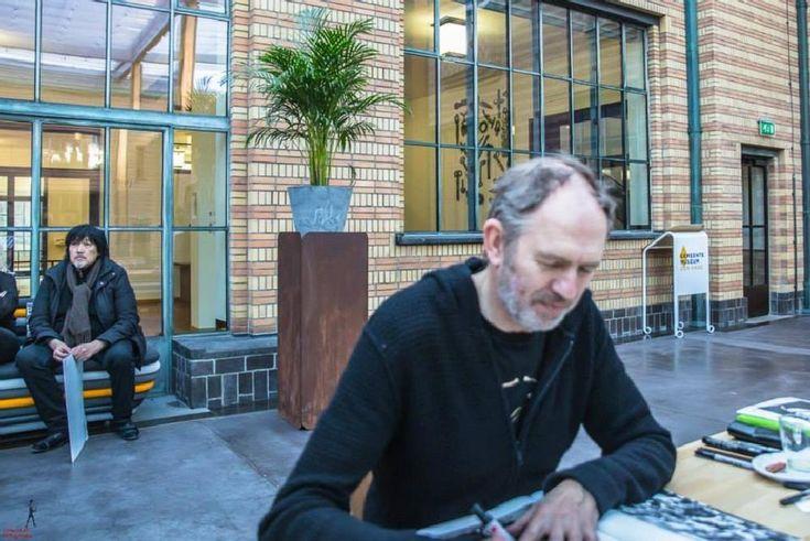 Waiting for signature of topphotographer Anton Corbijn by FONSMM
