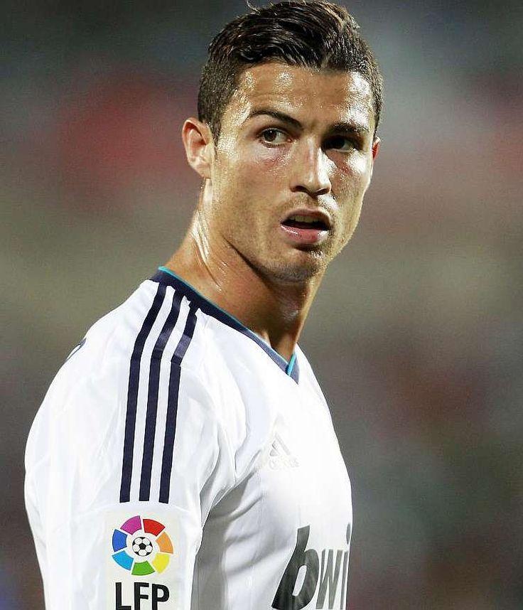 cristiano ronaldo hairstyle | RE: Cristiano Ronaldo hairstyles, haircuts and hair