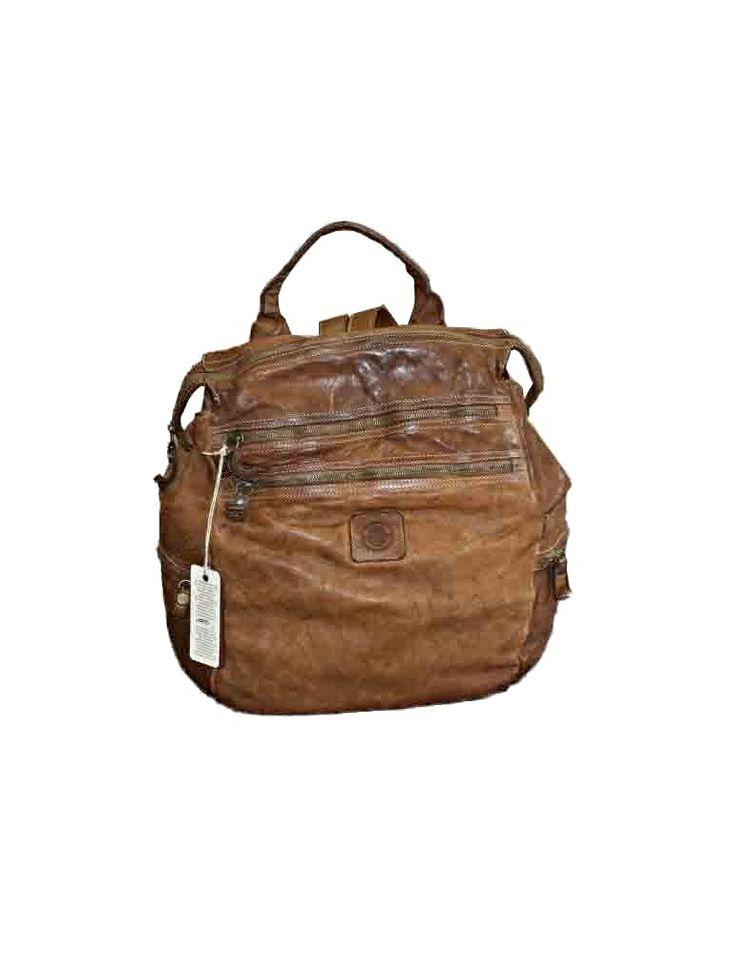 Nuovo zaino in vera pelle sul nostro sito! Corri a vederlo! 🎒 New genuine leather backpack on our website! Come to see it!  #packback #verapelleitaliana #shoponline #serendipityshopping