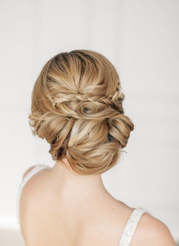 Eleganter Haarknoten binden-Hochsteckfrisuren zur Hochzeit