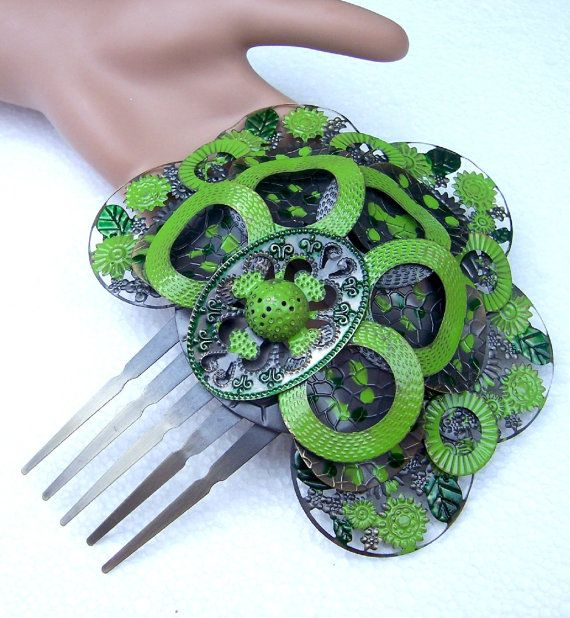 Hey, I found this really awesome Etsy listing at https://www.etsy.com/listing/234340024/spanish-hair-comb-green-enamelled-metal