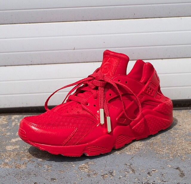 nike huarache red and gold