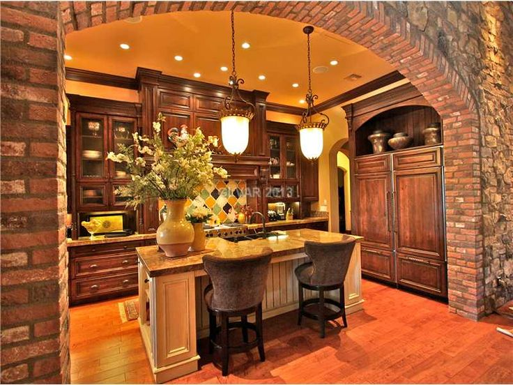Tuscan kitchens pendant lights and tuscan style on pinterest for Tuscan style kitchen lighting