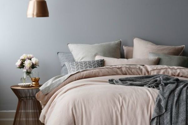 STYLE CURTOR share their top 5 tips to create a white, grey and copper bedroom. Get inspired to revamp you bedroom in this winning look...