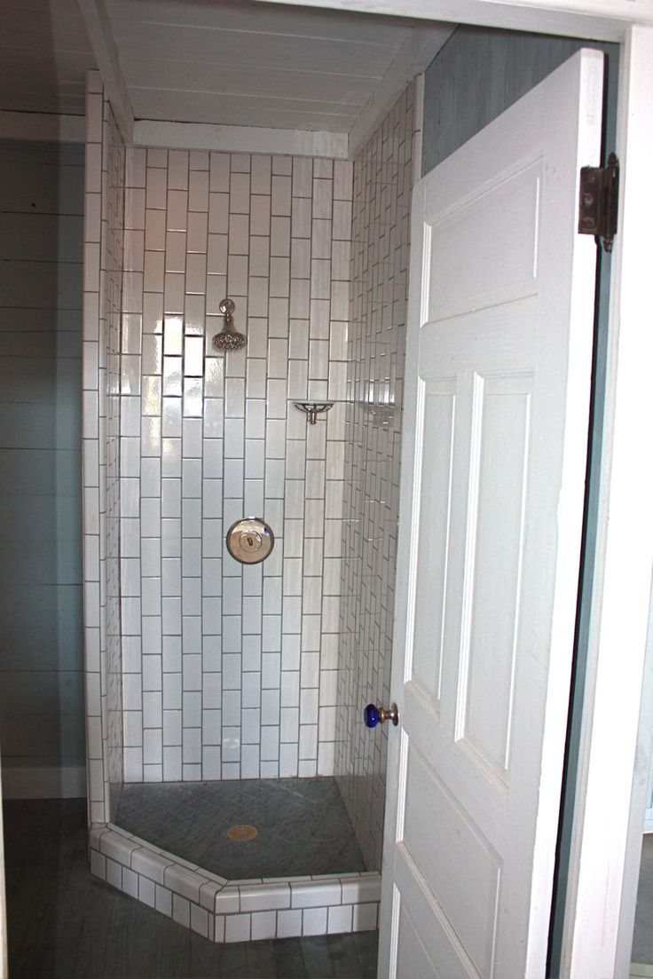 #806 inspiration - shower for small spaces!