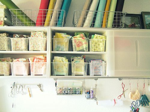 cleanFabrics Storage, Storage Inspiration, Organic Ideas, Sewing Spaces, Fabrics Scrap, Crafts Room, Sewing Room Organic, Storage Ideas, Laundry Room
