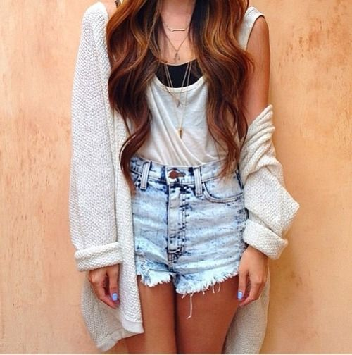 Cardigan and high-waisted shorts | Outfit Ideas ...
