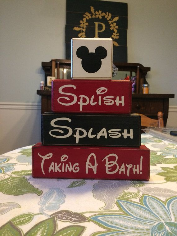 Cute set to display in your Mickey themed bathroom.    This set was a custom order, if you would like to change it around to match your taste let