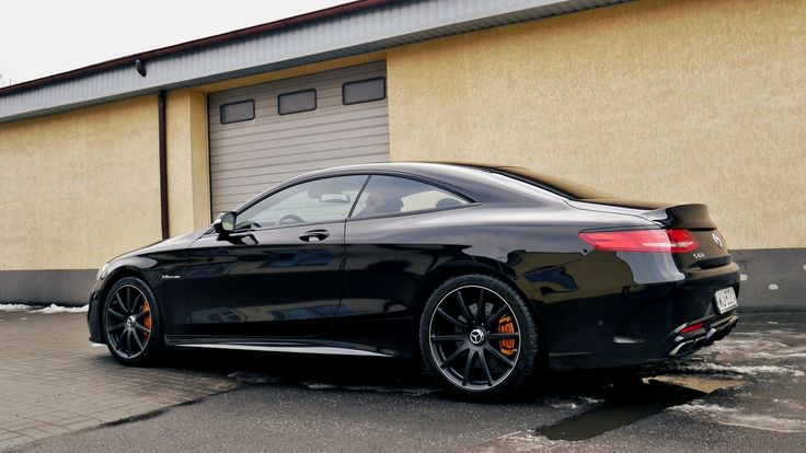 W naszym serwisie gościliśmy największe coupe w gamie Mercedesa w jednej z jego topowych wersji – Mercedesa S 63 AMG Coupe. Luksusowy i niezwykle mocny Mercedes trafił do nas z powodu braku odpowiedniego brzmienia.   Więcej informacji na naszym blogu: http://www.remus-polska.pl/realizacja-mercedes-benz-s-63-amg-coupe/  Film z brzmieniem auta: https://youtu.be/rFprEV4Bl5A  Wyłączny Dystrybutor REMUS INNOVATION Remus Polska - http://www.remus-polska.pl/