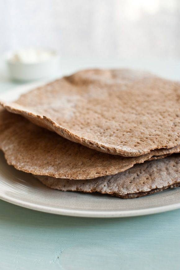 Traditional swedish crisp bread with rye & spelt flour   (I like mine with hummus and sliced bell pepper :)