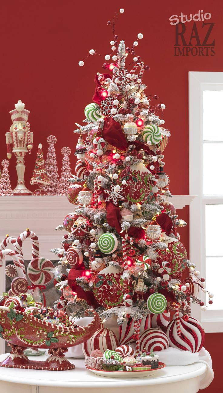 Unique christmas tree decorations - 60 Gorgeously Decorated Christmas Trees From Raz Imports