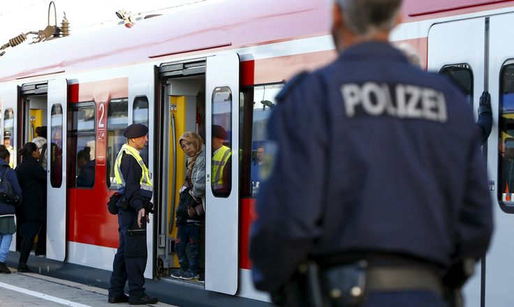 Refugee crisis: Germany to reinstate border checks with Austria | World news | The Guardian