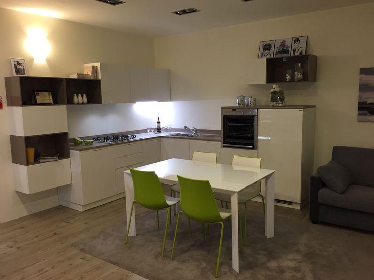Cucina #scavolini modello #mood: anta laccato lucido bianco ...
