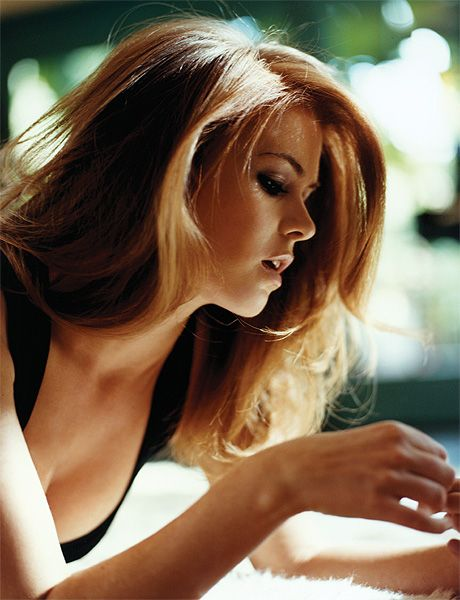 Isla Fisher by Andrew Southam in Esquire - love the volume, length and waves - want this with my hair