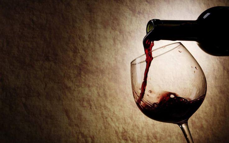 Resultado de imagen para Nuevo estudio descubre que tomar vino antes de ir a dormir puede adelgazarte