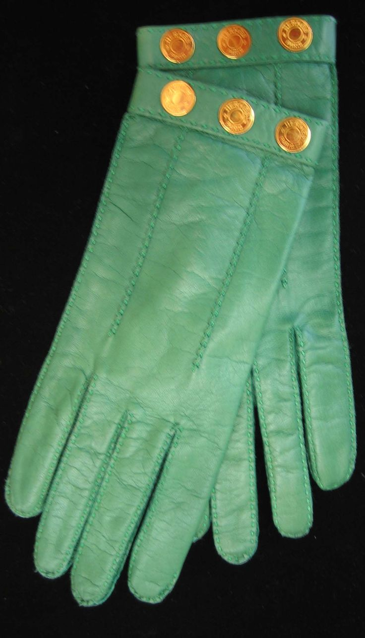 Hermes .... gloves are one of the perfect accessories where you can add a pop of bright colour