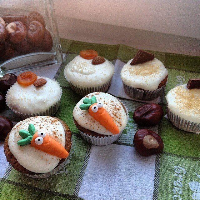 Healthy carrot cupcakes.  Полезные морковные капкейки.