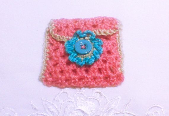 Crochet girls purse Pink coin pouch Change purse by HandmadeTrend, $10.00