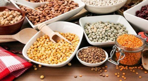 ΓΡΑΦΕΙ Η ΟΛΓΑ ΤΣΑΓΚΑΡΑΚΗ Παρακάτω δίνονται κάποια οφέλη από την κατανάλωση μερικών νηστίσιμων τροφών