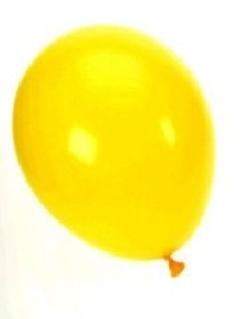 """Leuk idee bij boek """"De gele ballon"""": stop een wens in je eigen ballon en laat alle ballonnen samen op."""